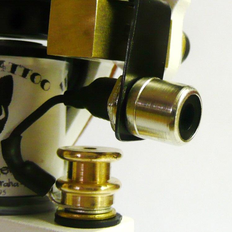 RCA conector.